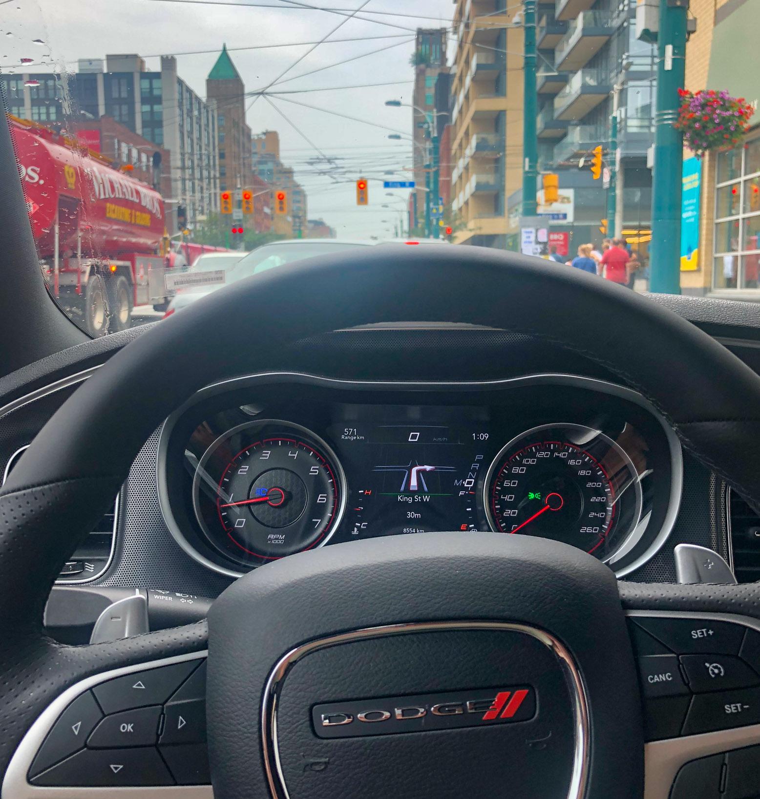 Met een huurauto kun je Toronto prima verkennen.